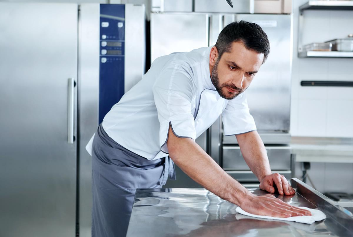 limpieza cocina restaurante superficie