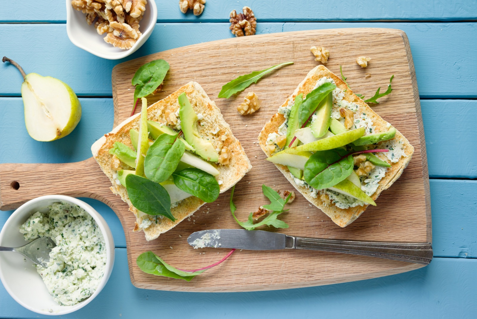 Sándwich de queso con nueces