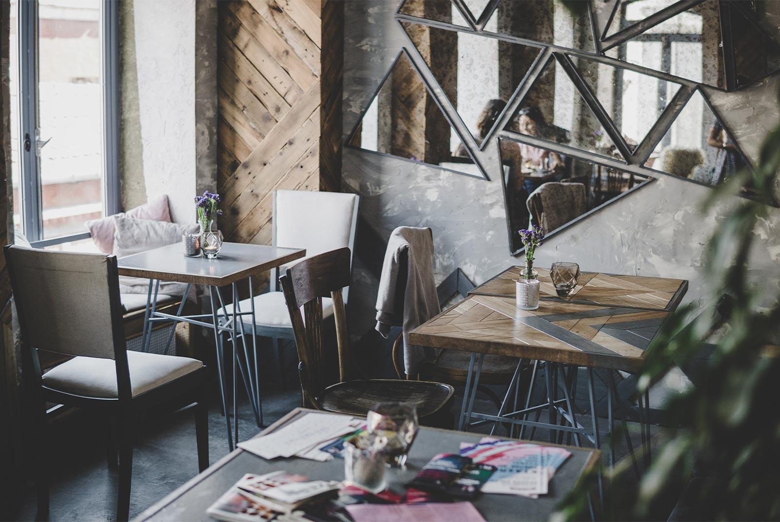 como fidelizar clientes en tu cafetería